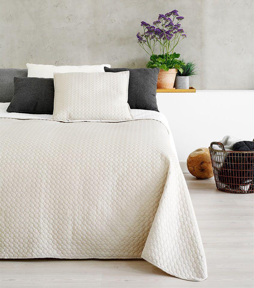 feng shui in je slaapkamer gebruik een lichte kleur sprei of dekbedovertrek