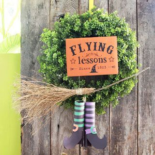 Make a magical flying witch DIY Halloween wreath easily for almost free! Great indoor or outdoor Halloween decorations, & super fun kids Halloween crafts! - A Piece of Rainbow #halloween #halloweendecorations #diy #homedecor #homedecorideas #wreath #papercrafts #crafts #crafting #craftsforkids #printable #upcycle #upcycling #recycle #recycling #diy #homedecor #homedecorideas #kidscraft