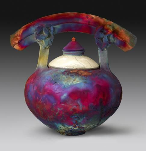 a history of japans raku ware For a taste of true japanese craftsmanship, visit the raku museum in kyoto's  nishijin district to learn about a pottery style named after the family that invented it.