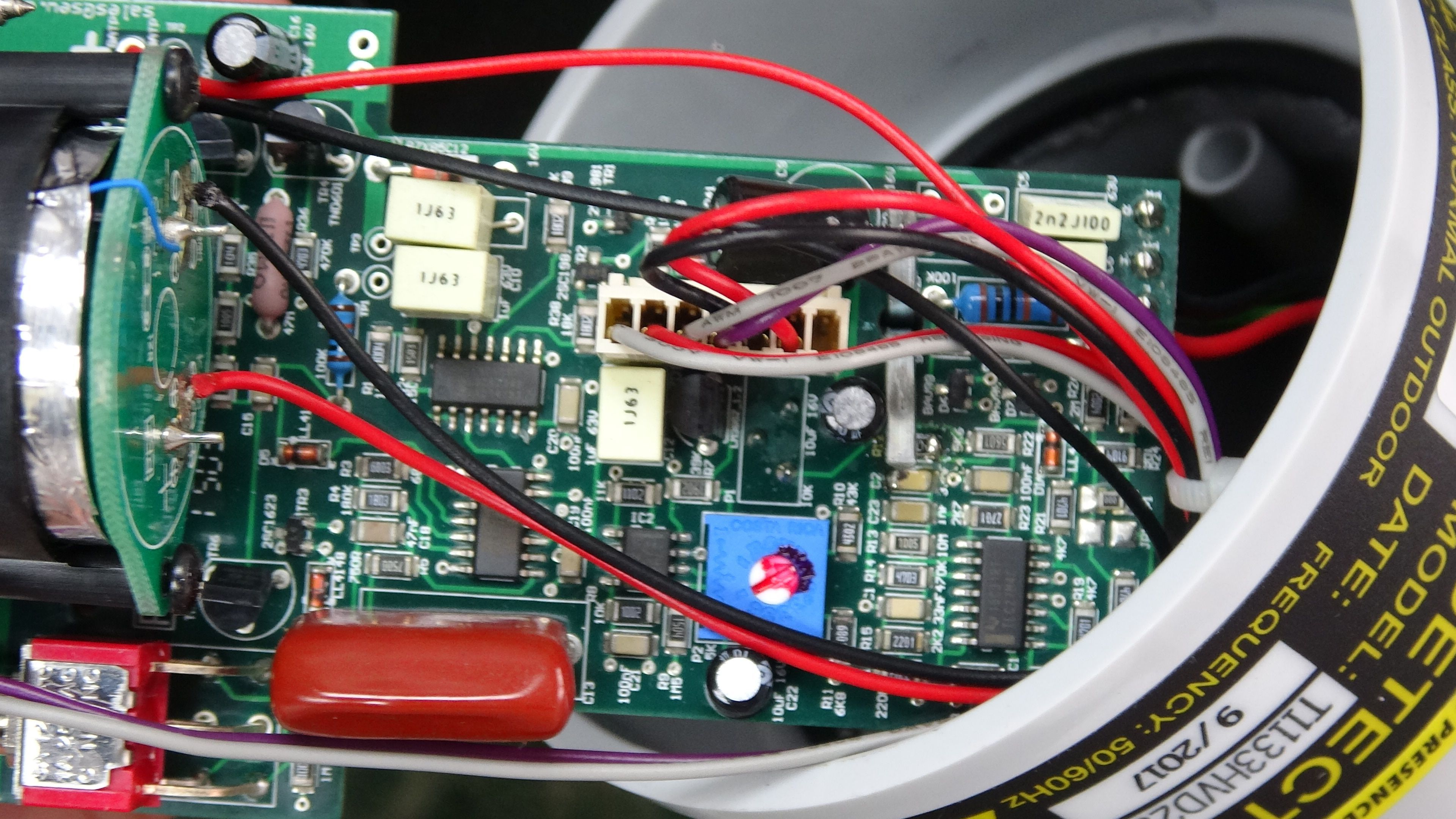 The Pcb Of Toptronic T1133hvd25e Is A Multi Layer Board Wiring