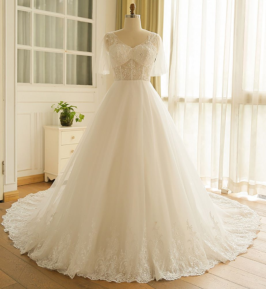 Flowy plus size a line lace wedding dress tulle corset with long