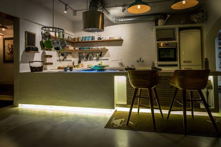 Repurposed Materials Combine to Create Vibrant Mumbai Home - http://freshome.com/repurposed-materials-mumbai/