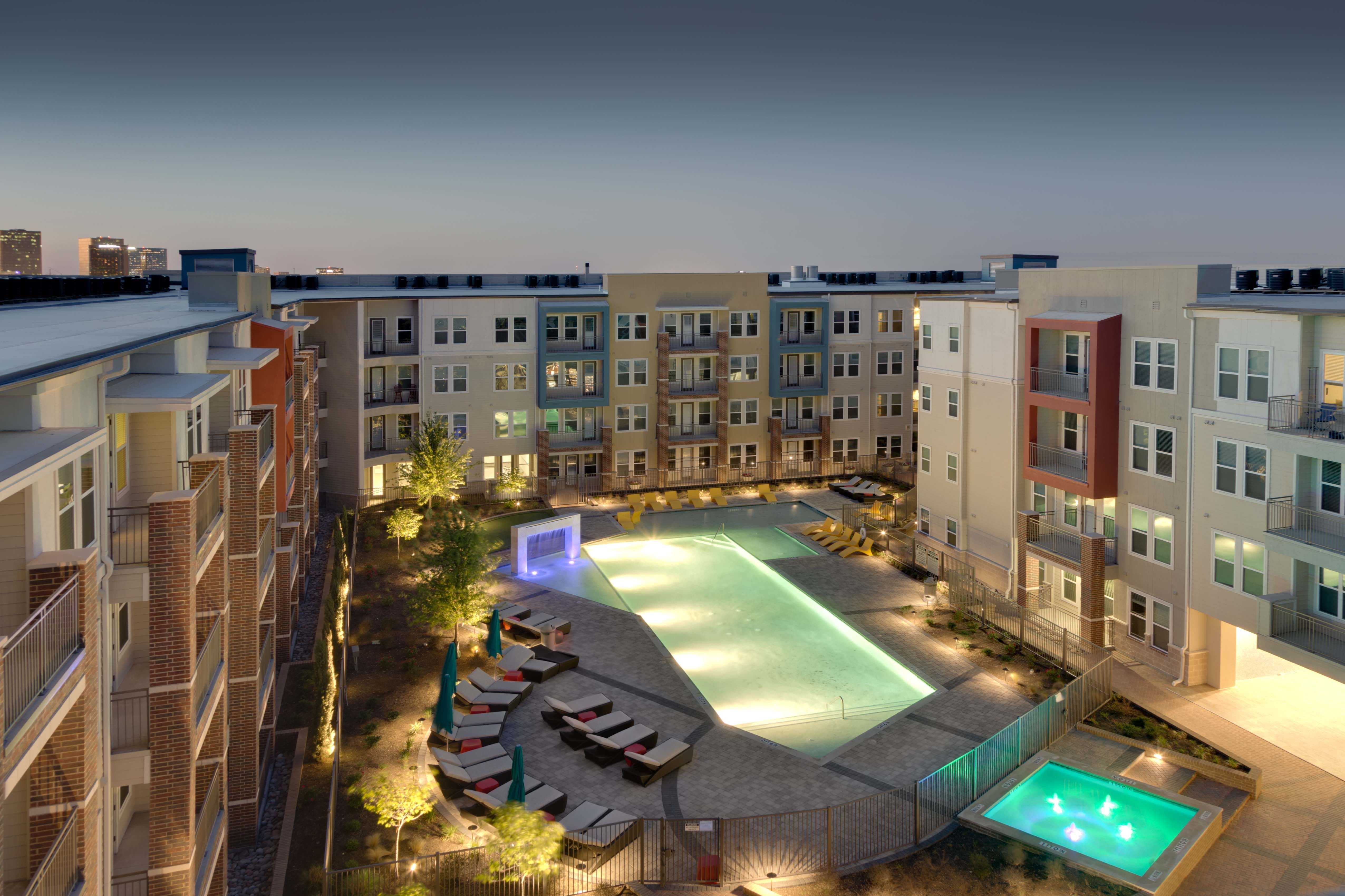 Commercial Property Led Landscape Lighting Installation Location Lovers Lane Dallas Tx Over 200 Led Light Pool At Night Led Landscape Lighting Dallas Luxury