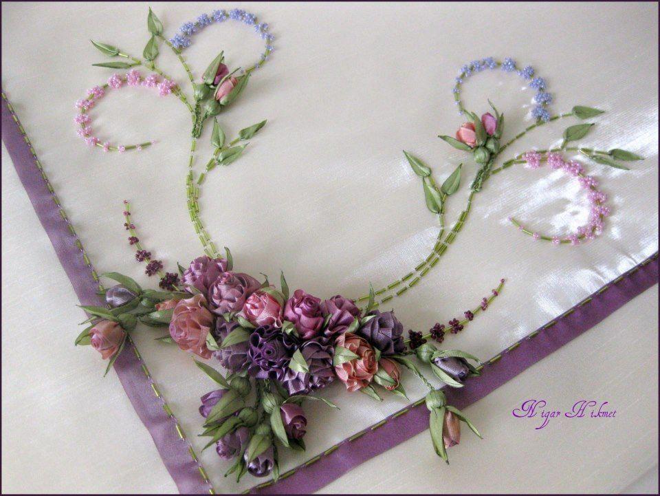 Handmade Ribbon Embroidery Bordado com fita de seda