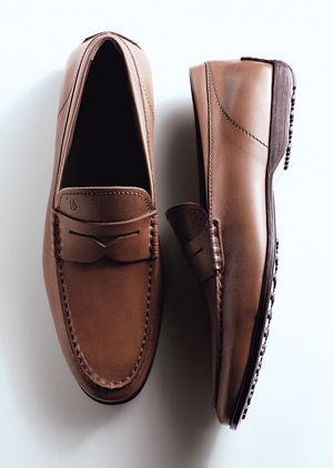 fdab36a82ae NEW LOOK FOR TOD S LOAFERS