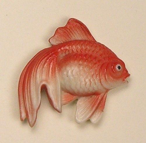 ButtonArtMuseum.com - Old Magnificent Medium Signed Realistic Arita Porcelain Goldfish Button