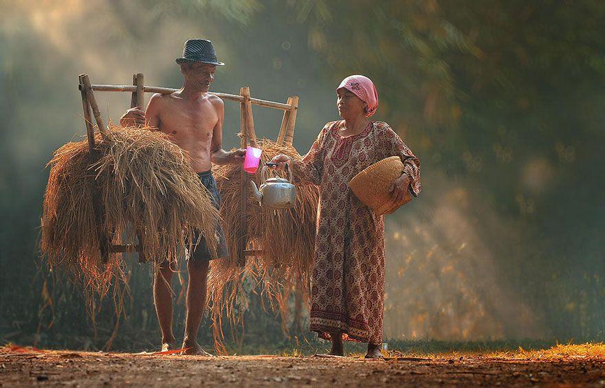 La vita quotidiana nei villaggi dell'Indonesia
