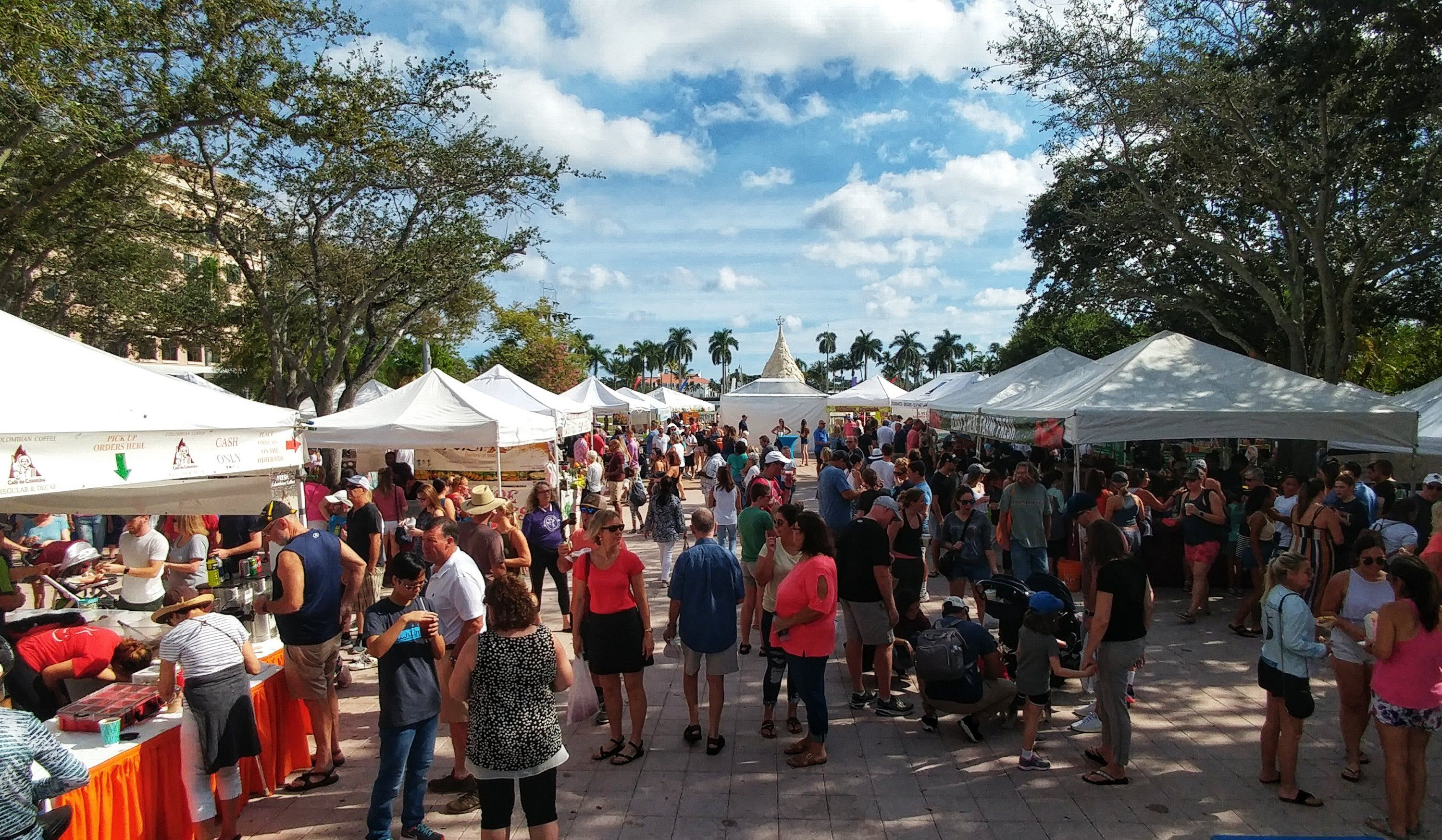 Packed Green Market For Smallbusinesssaturday Ilovewpb Clematis Street Small Business Saturday Green