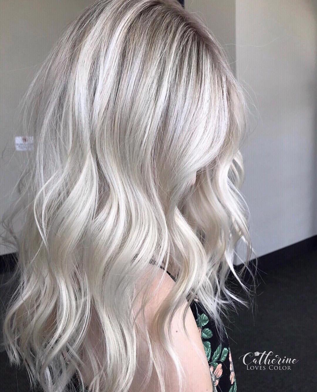 "CATHERINE LONG • MICHIGAN on Instagram: ""Sea � salt blonde . Oligo cool tone & extra blonde 20 vol with olaplex. A million framar foils Olaplex treatment because i love healthy…"""