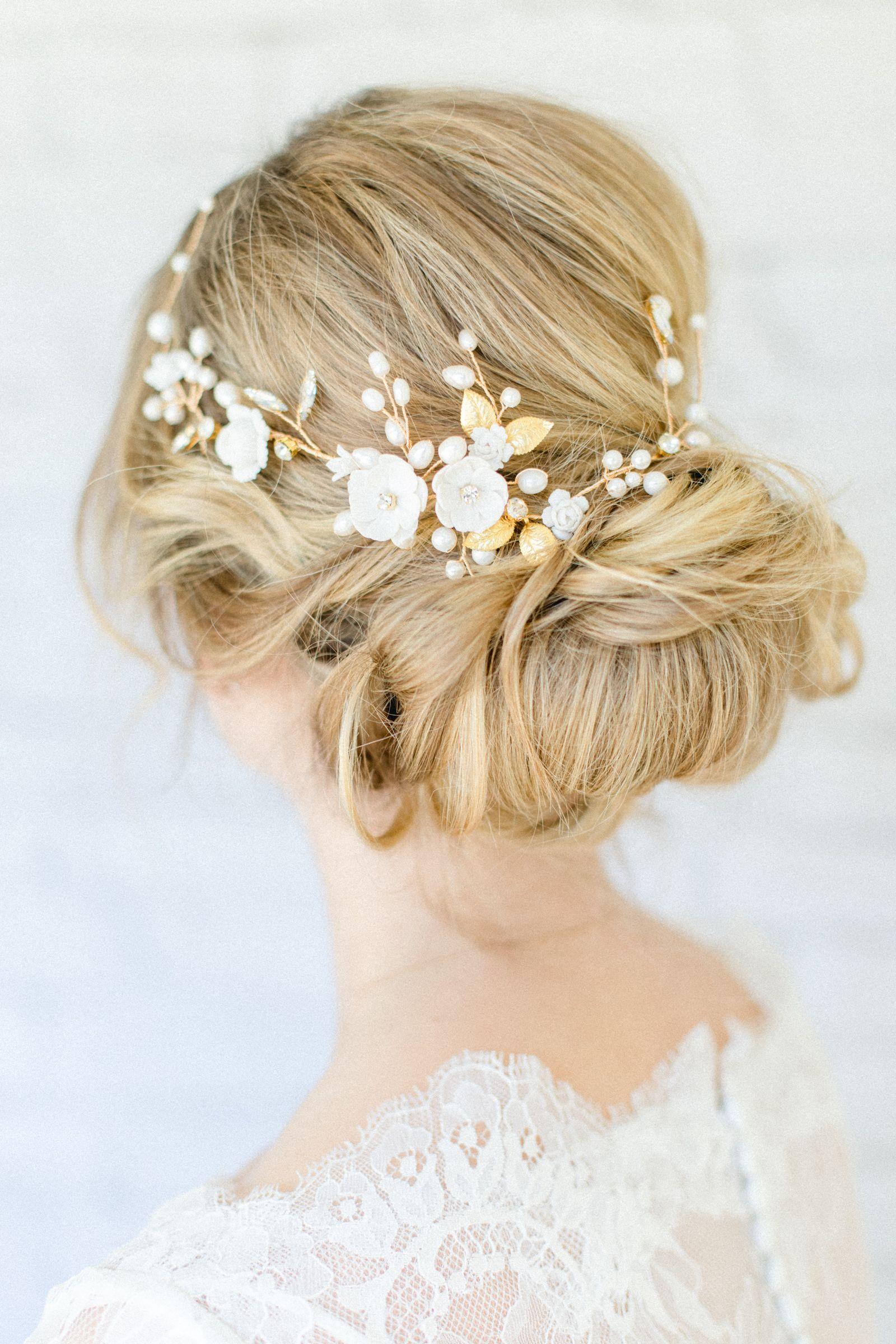 Braut Haarschmuck Dalina In Ivory Und Gold Haarschmuck Braut Haar Accessoires Hochzeit Frisuren Kurze Haare