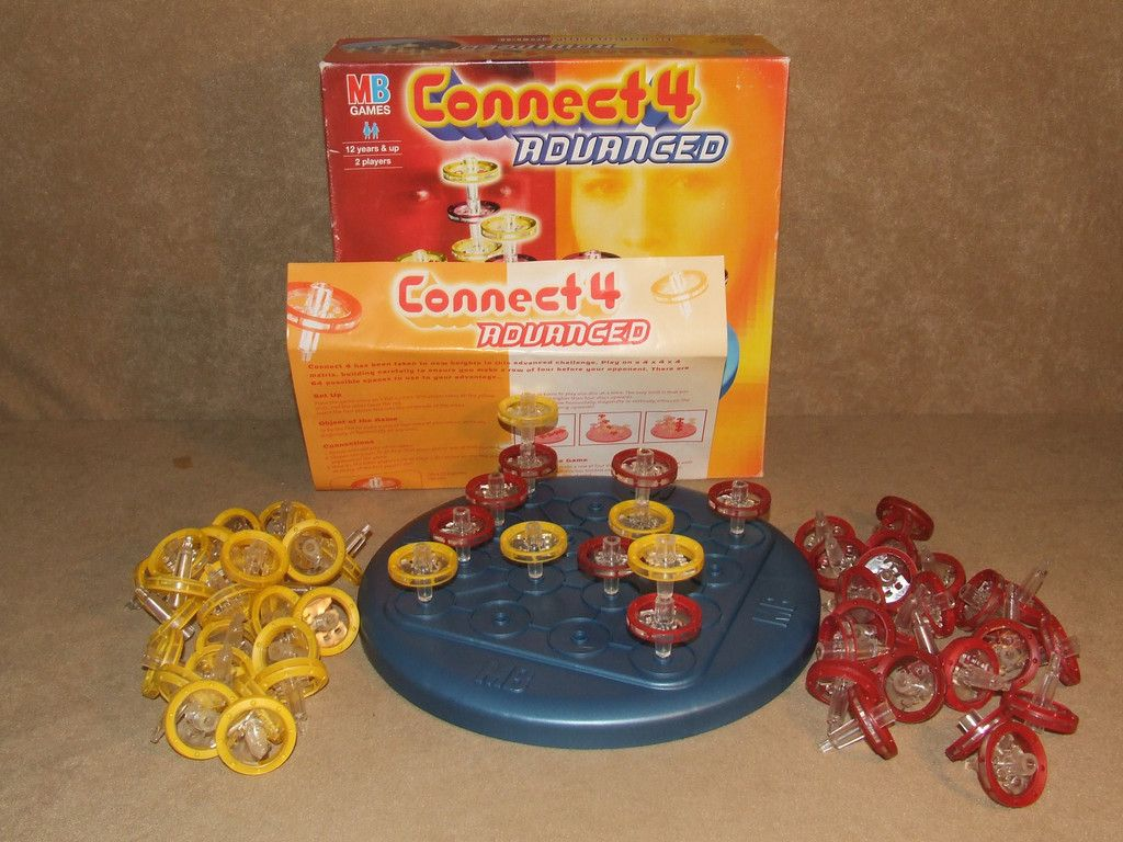 Connect 4 Advanced Boxed And Complete MB Games 3D Version