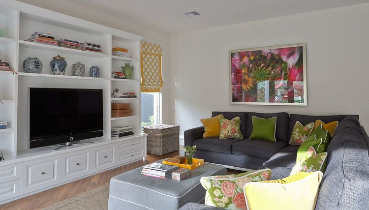 living-room-charcoal-sectional-sofa-yellow-check-roman-blind-green ...