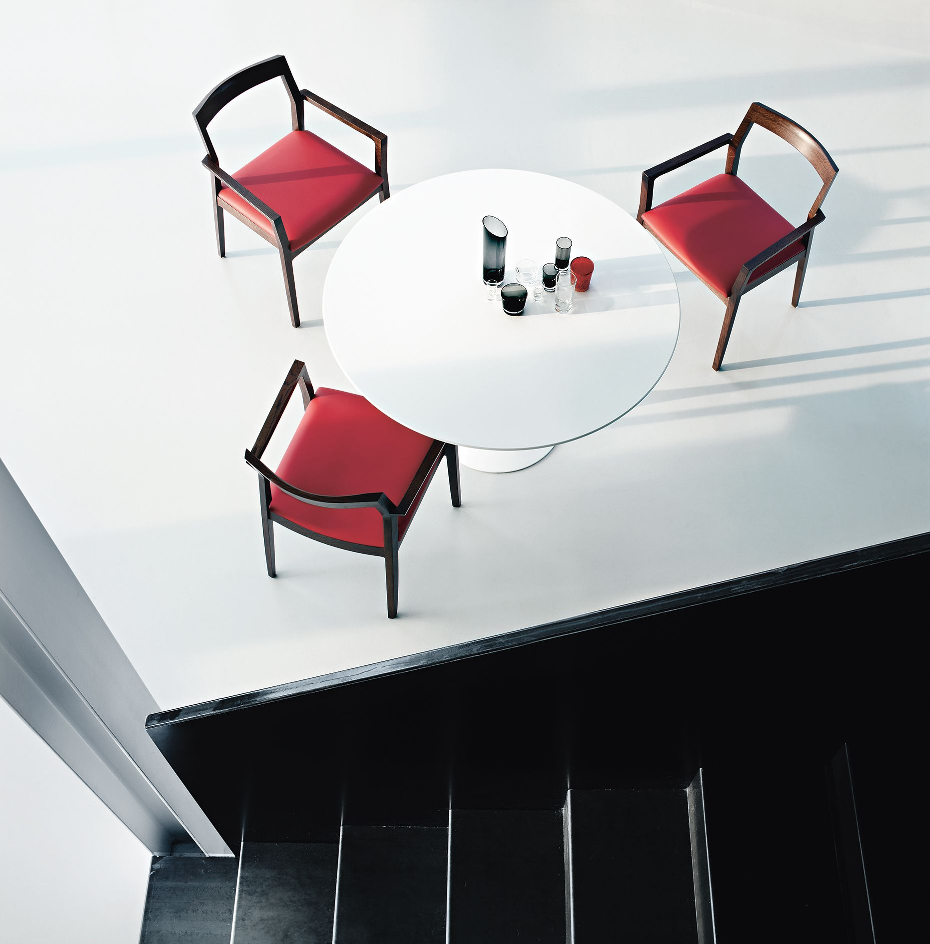 For the Lounge Lovers: The Krusin Side Chair http://decdesignecasa.blogspot.it