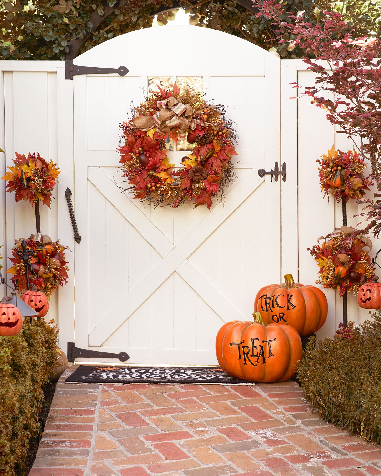 Autumn Acorn Wreath and Topiary Balsam Hill Holidays - Decorating For Halloween