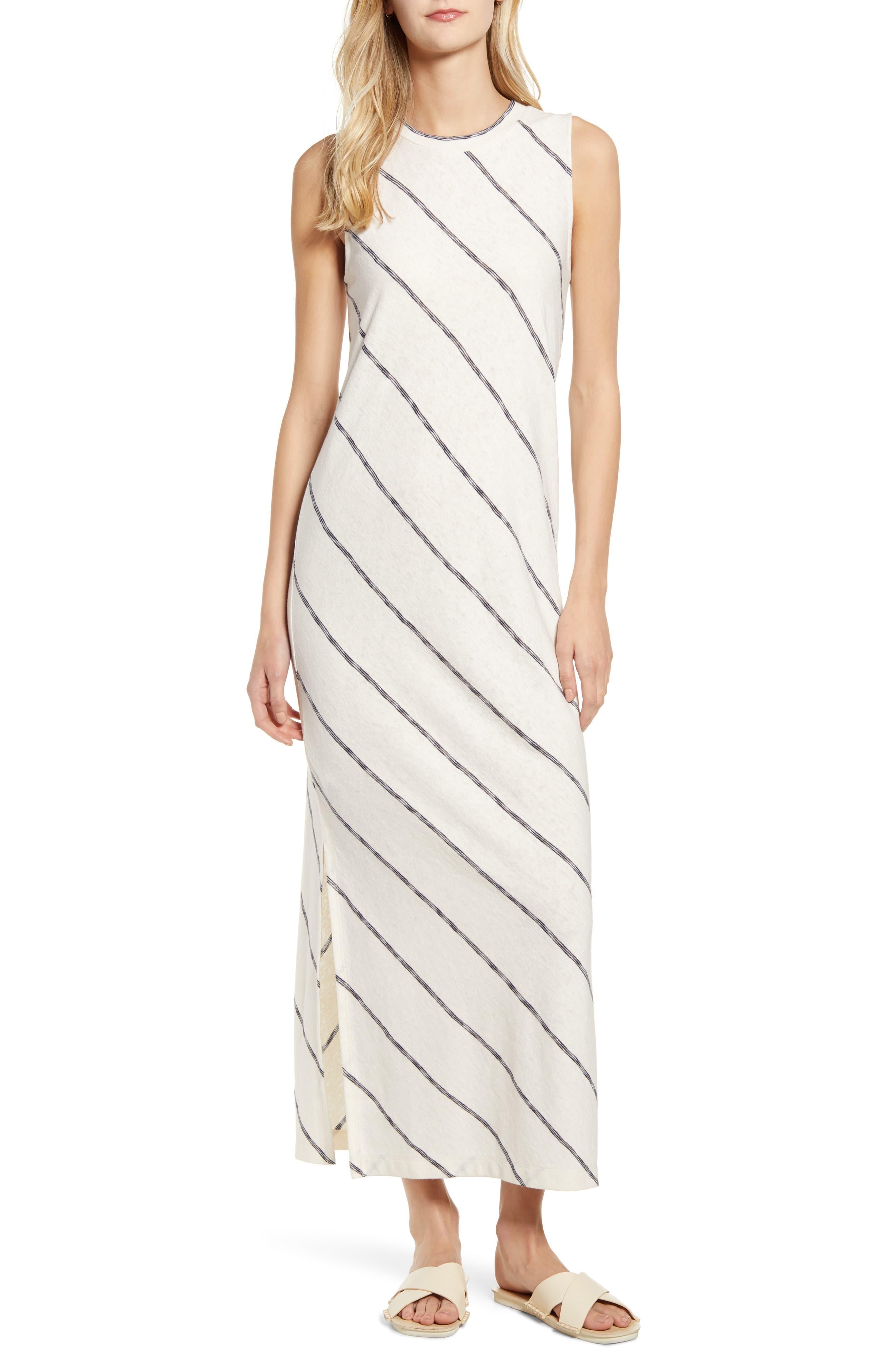 Women S Lou Grey Striped Maxi Dress Size Large White Striped Maxi Dresses Fashion Clothes Women Maxi Dress [ 4048 x 2640 Pixel ]