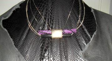 Accessoarer / halsband, smycken med personlig touch www.madebyingridb.se