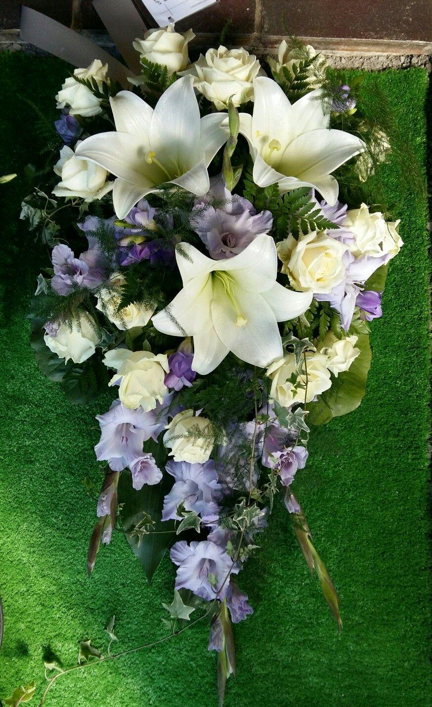 Hautalaite Kukka ja Sidonta Villi-Ruusu