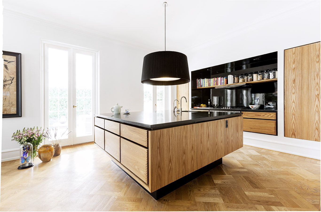 Scandinavian kitchen design modern and wooden touches for Modern scandinavian kitchen design