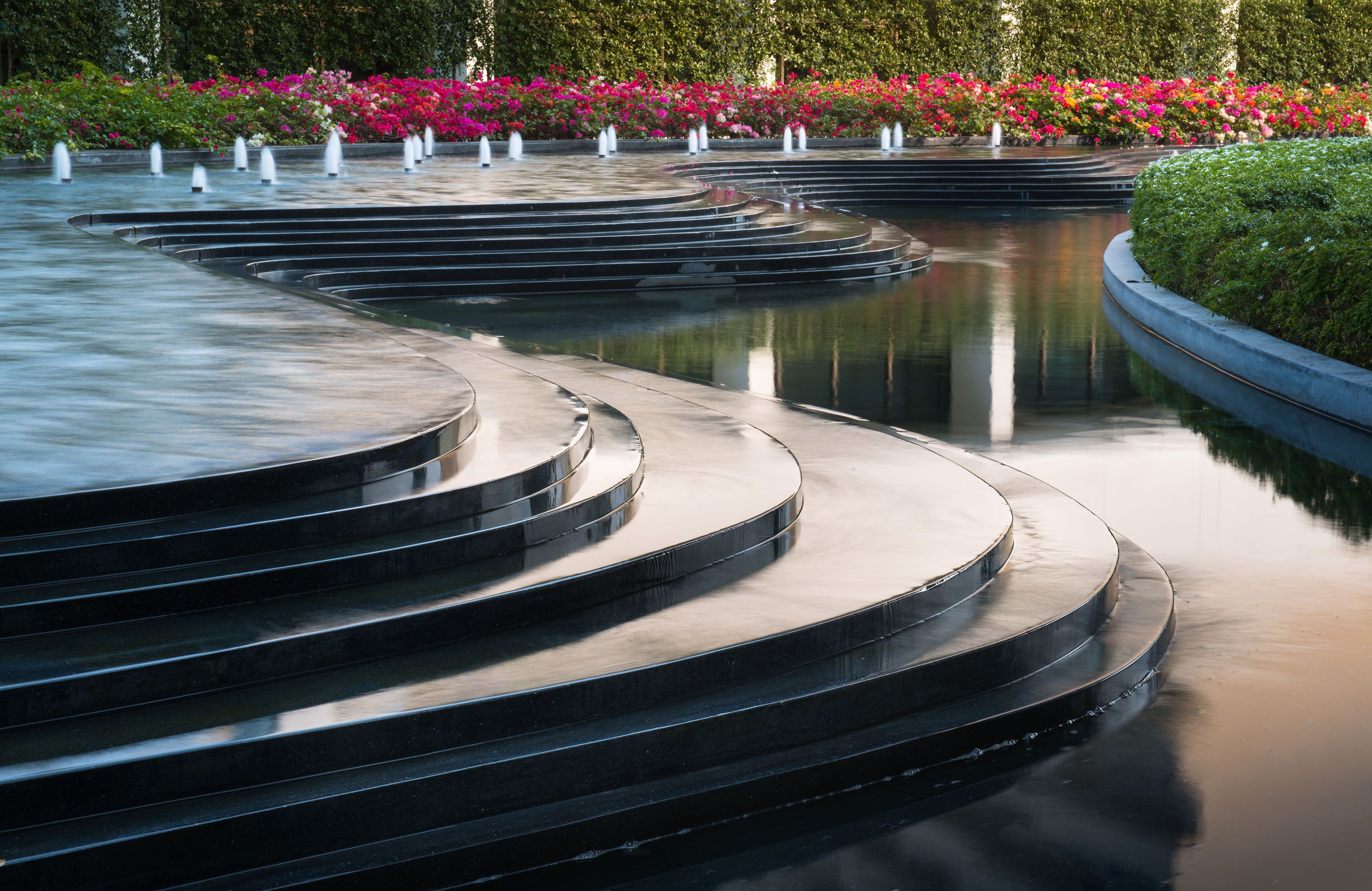 Royal Cliff Hotel Lab Modern Water Feature Waterscape Design Water Design