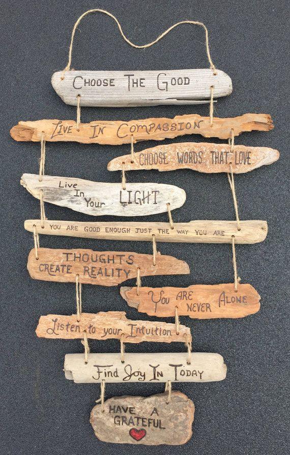 Famille r gles bois flott signe collage par for Panneau bois flotte