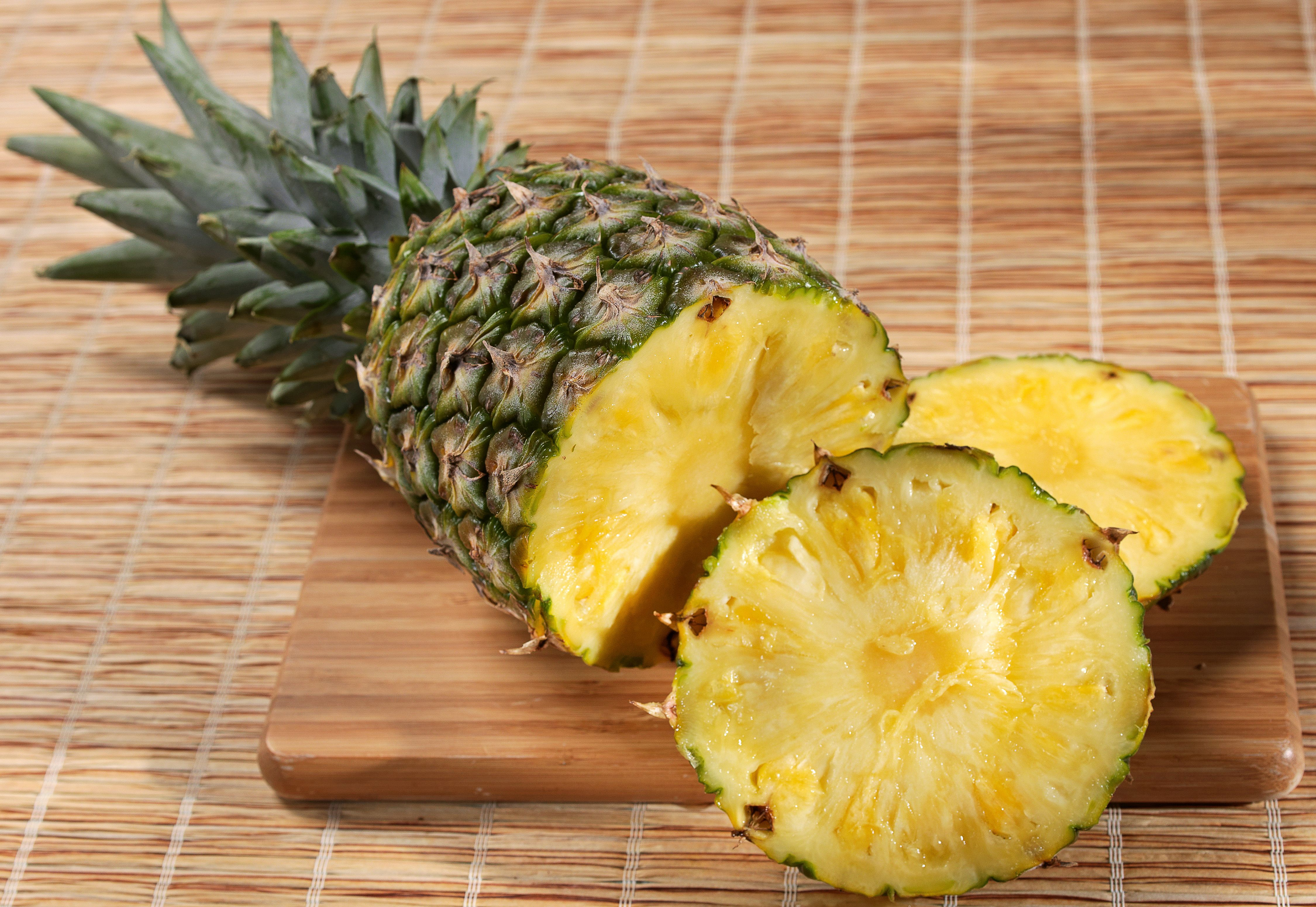 Pineapples have exceptional juiciness and a vibrant tropical flavor that balances the tastes of sweet and tart. They are second only to bananas as America's favorite tropical fruit. Pineapples two ways: Enjoy somerefreshing homemade pineapple juice This recipe calls for the pineapple skin and core, not the actual fruit. It's a healthy twist, and deliciousMore...