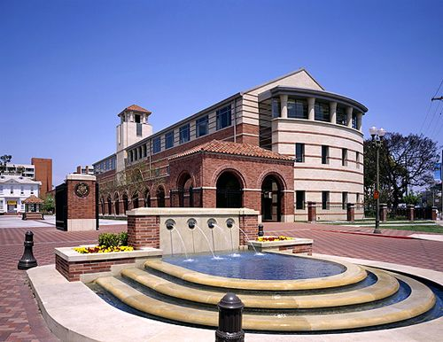 27 Usc Marshall School Of Business Gco Los Angeles California Business School Business Universities University Of Southern California