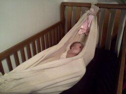 Diy Babyzimmer ~ Diy baby hammock no sewing involved cost sice i had a