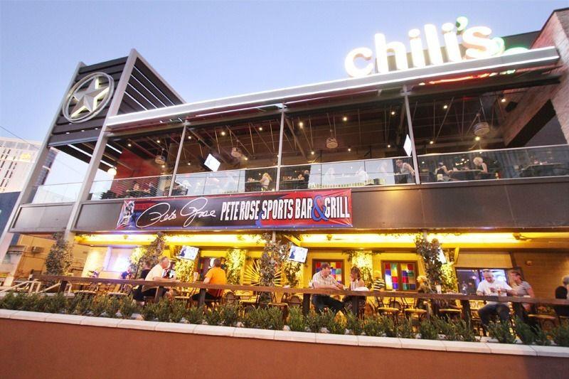 Pete Rose Sports Bar U0026 Grill At The Hawaiian Marketplace.