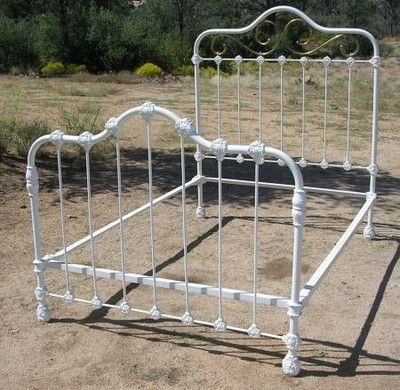 Vintage Love Antique Ornate Iron Bed With Brass Trim Iron Bed
