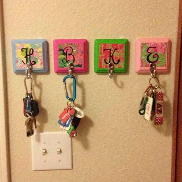 Monogram key hooks cute way to hang keys for your for Cute homemade crafts for your room