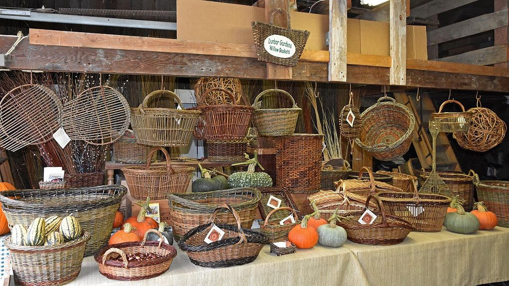 Katherine Lewis Willow Baskets With Images Basket Farm Stand