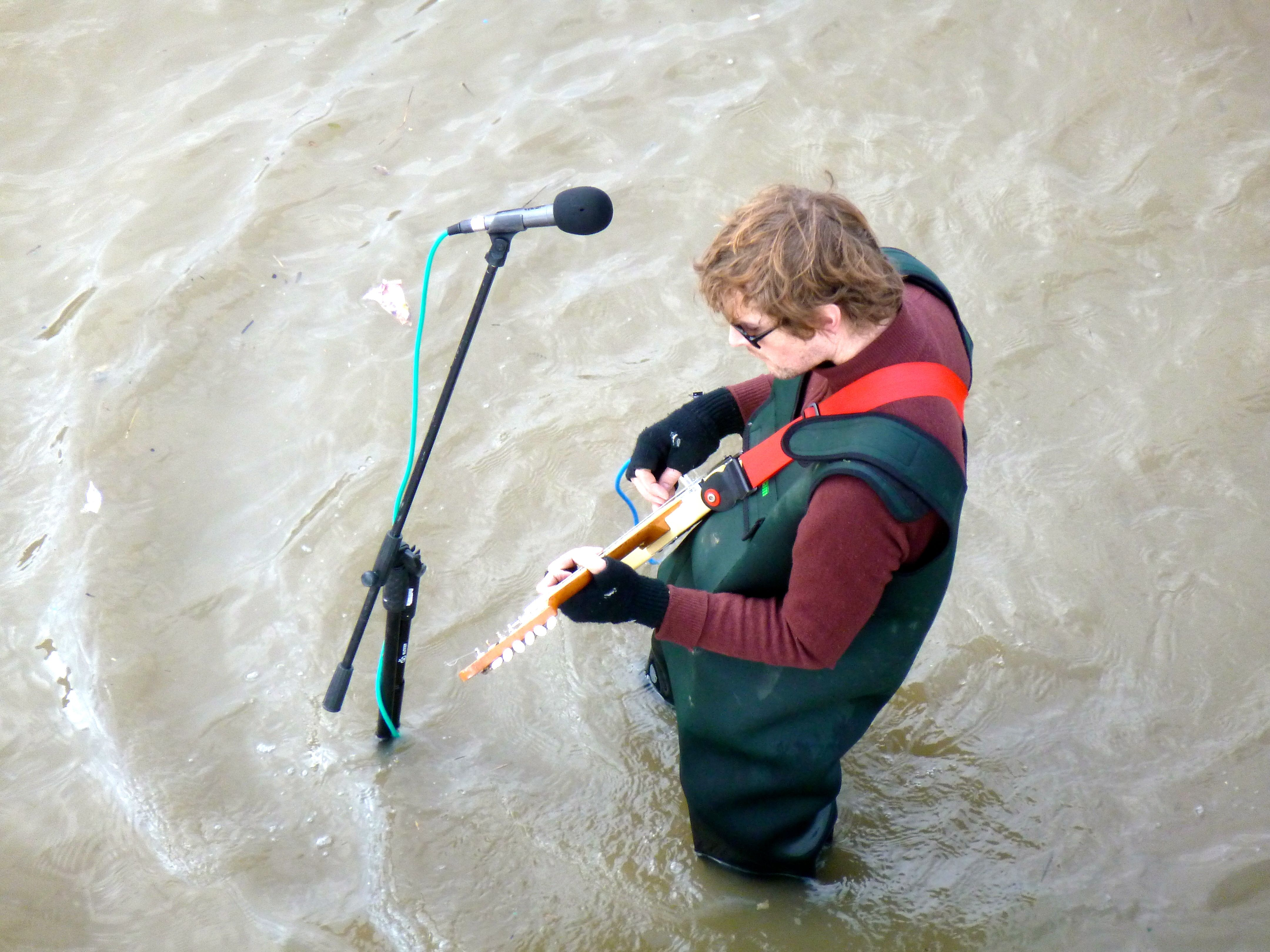 Singing In The Thames...a different kind of musical