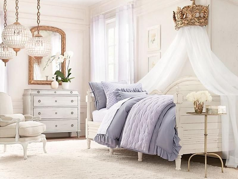 Blue And White Decorating ideas for a girls room: blue white decorating ideas for a girls