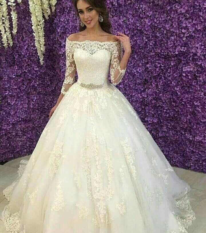 2016 lace ball gown wedding dresses appliques ivory puffy for White and gold lace wedding dress
