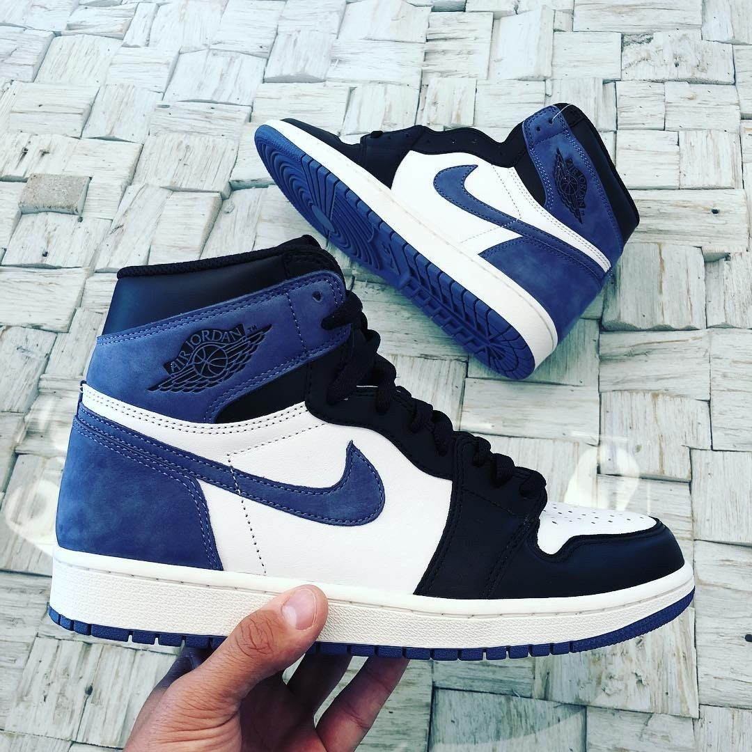 Upcoming Air Jordan 1 Retro High Og Blue Moon Street Sneakers