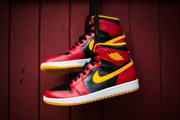 c32f6335878a Nike Air Jordan 1 Retro