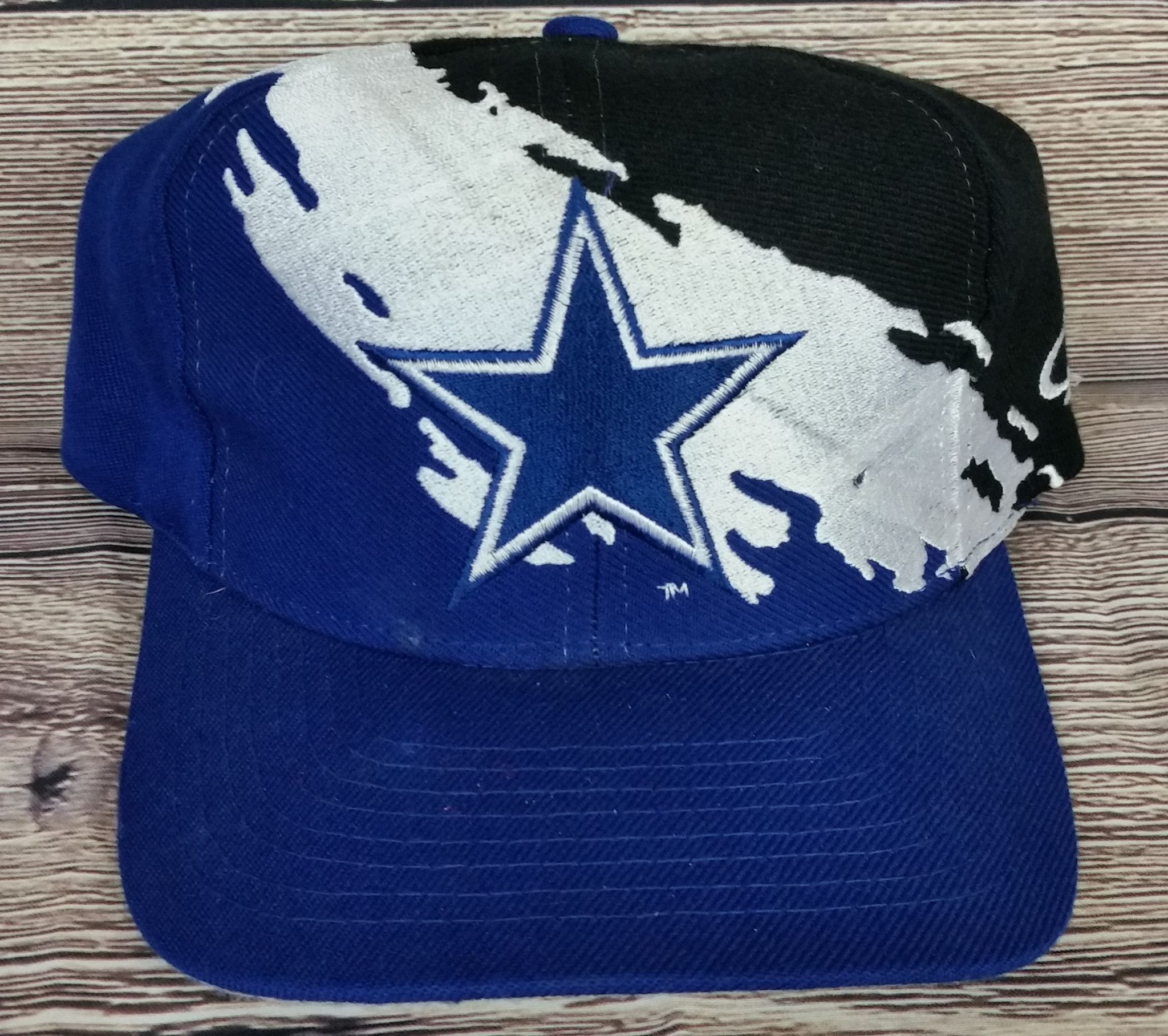2d1e2268a3ab17 Dallas Cowboys Vintage Snapback Logo Athletic Splash Hat NFL Pro Line Cap  Rare