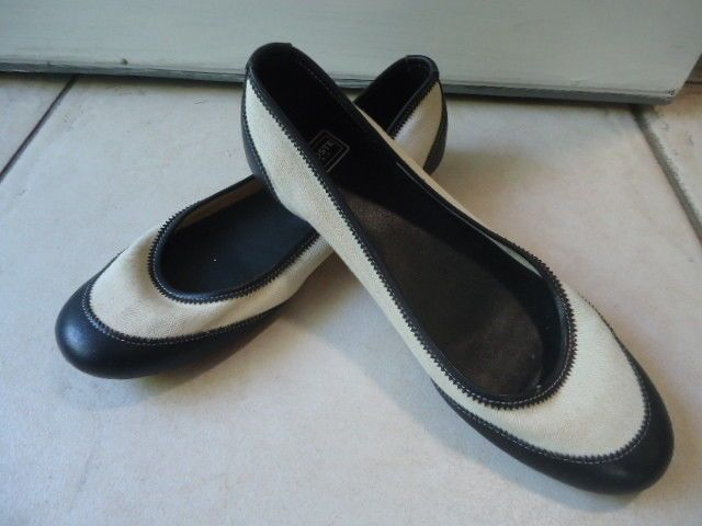 66ffa9bbb94e Lacoste Paris women white fabric and black leather slip on shoes size 6   fashion