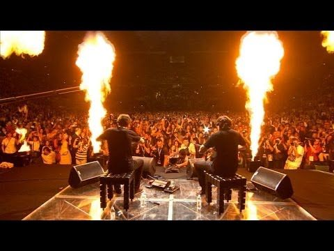 2cellos You Shook Me All Night Long Live At Arena Zagreb Youtube How Have I Never Heard Of These Guys Musica Variada Musica Violonchelo