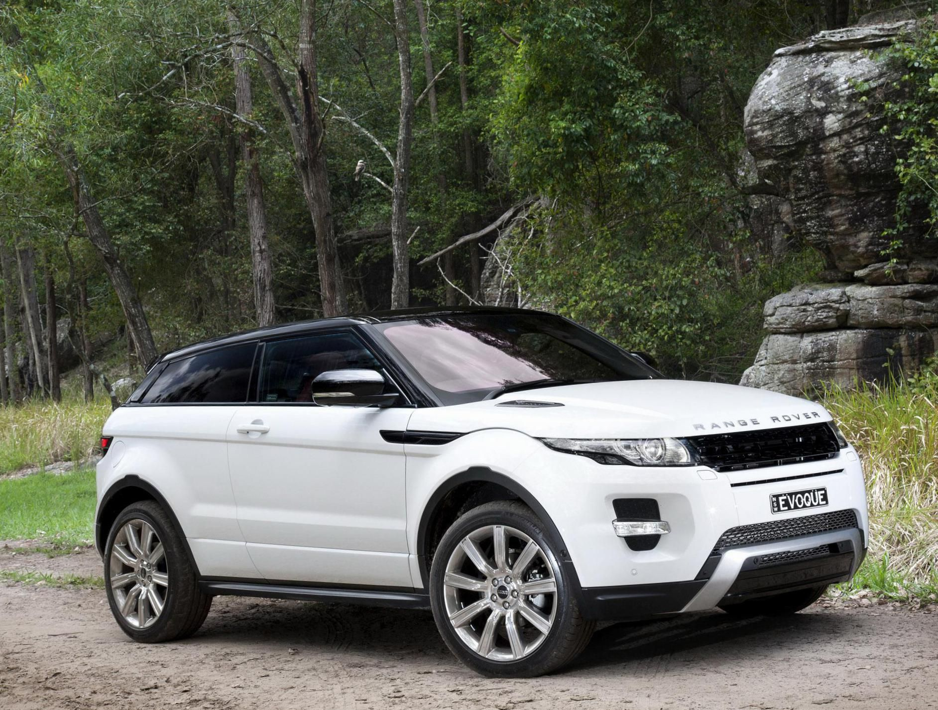 range rover evoque coupe land rover review auto pinterest range. Black Bedroom Furniture Sets. Home Design Ideas