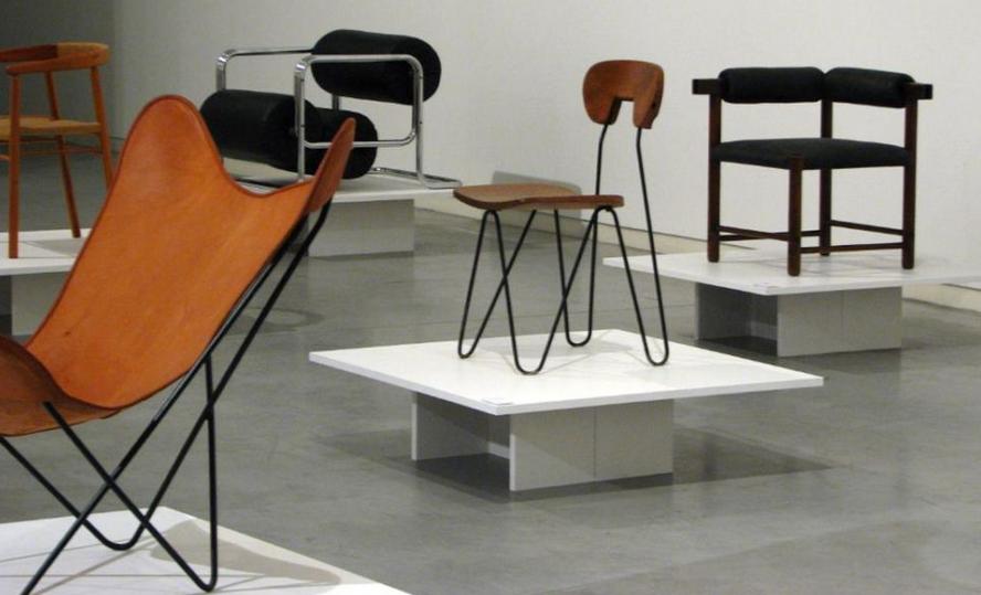 Silla w dise o de jannello junto a otros conos del for Fabrica de sillones modernos en buenos aires