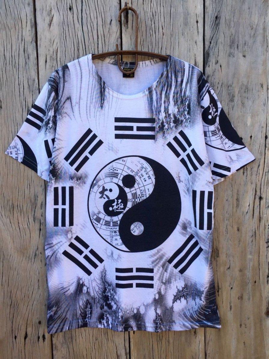 Camiseta Indiana Masculina Tie-Dye Yin-Yang Branca. Apenas R  53 28a9edca5cc