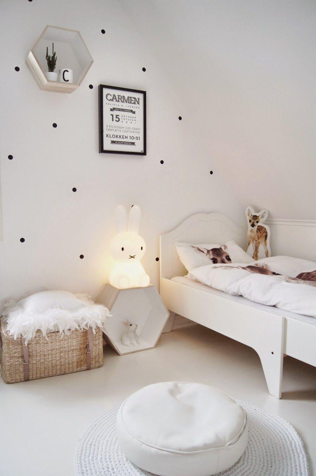 Black And White, Scandinavian, Minimalist Baby Room Decor Mitt Lille  Hjerte: Fødselstavle.