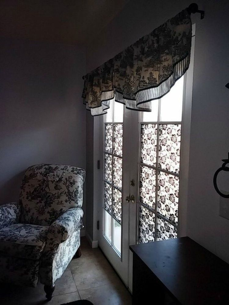Add A Patterned Fabric To The Window Panes Use Liquid Starch Glue This Lacy Pattern On Get Some Privacy And Your Living E