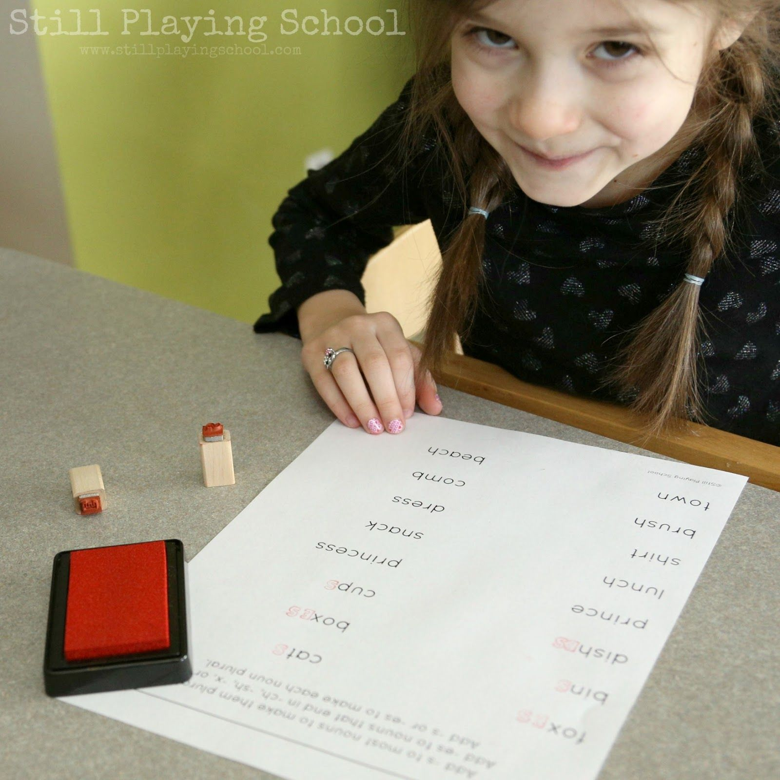 Stamping Plural Nouns With Images