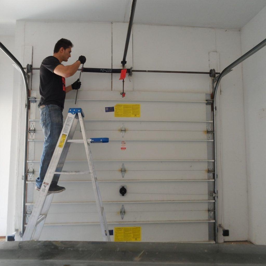 Garage Door Opener Naperville Il