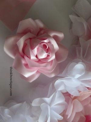 Machen Sie Satinband Rosen – Think Bowtique Blog