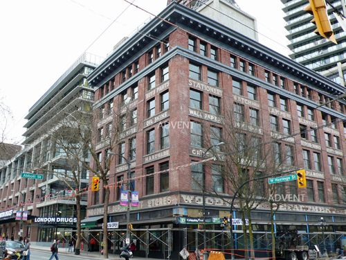 Pin By Debbie Markwick On Places I Ve Been Vancouver Vancouver Apartment Gastown Vancouver