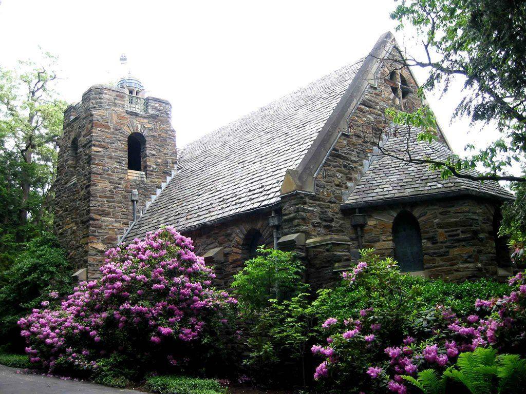 Garrett Memorial Chapel At Bluff Point On Keuka Lake Married The Love Of