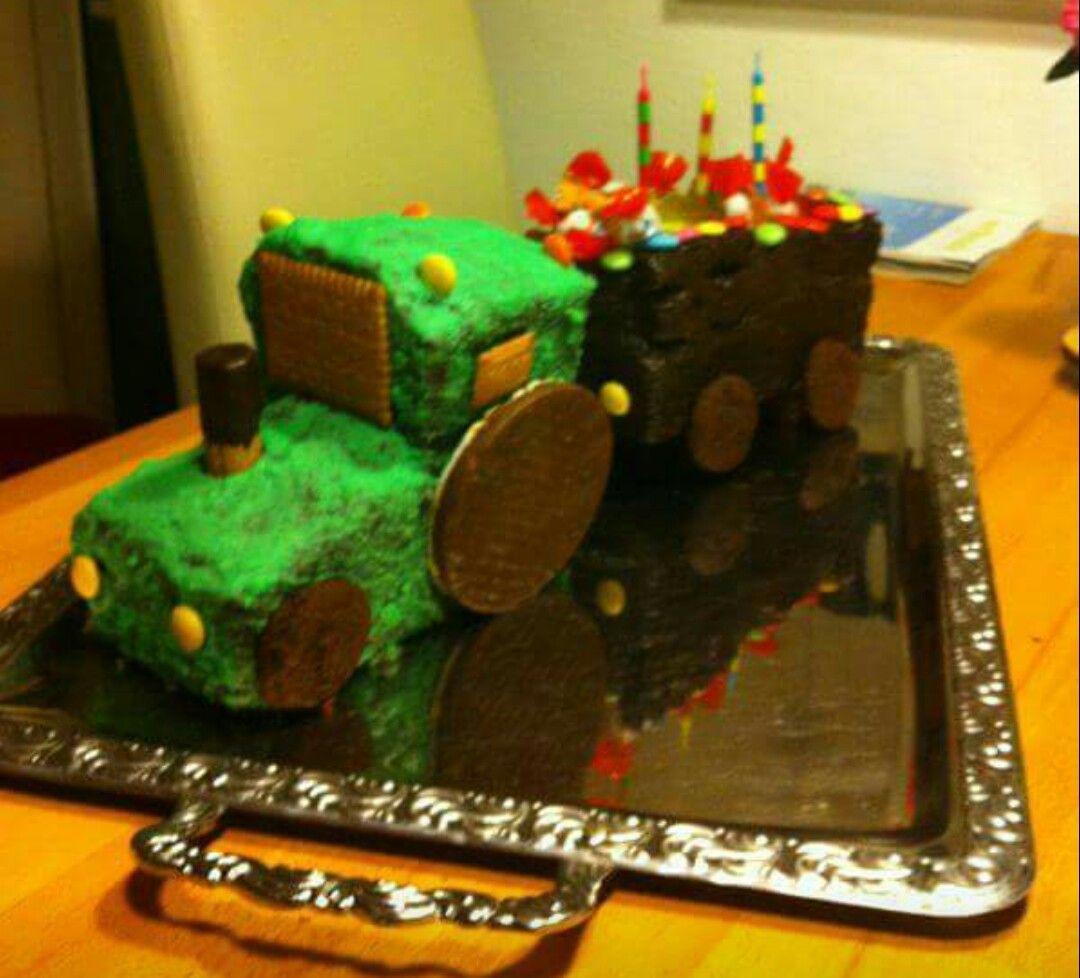 Traktorkuchen Mit Anhanger Traktor Kuchen Kinder Kuchen Kuchen